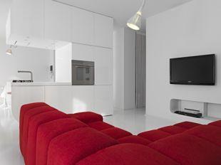 Vörös kanapé