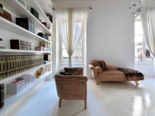 Fényes fehér padló