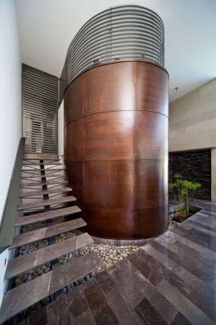 Érdekes lépcsőház
