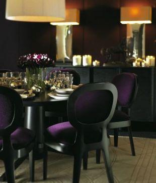 Sejtelmes lila az étkezőben